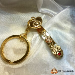 Golden Ru Yi Stick Keychain