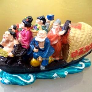 8 Immortals on Rescue Boat